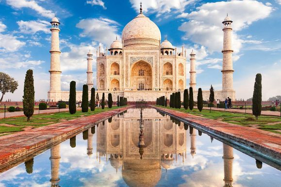Backpacking Guide to India